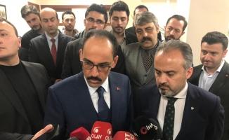 """İbrahim Kalın: """"Bu sapık, cani katilin sözde manifestosunda Cumhurbaşkanımıza ve Türkiye'ye atıflar yapması boşuna değil"""""""