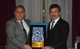 Kaymakam Seyitoğlu'ndan Başkan Çelik'e vedâ yemeği