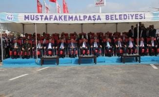 Mustafakemalpaşa'nın giriş kapısı hizmete açıldı