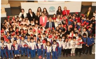 23 Nisan sevincini Başkan Erdem ile paylaştılar