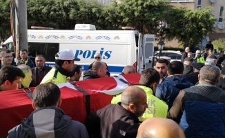 İntihar eden polis memuru İnegöl'de defnedildi
