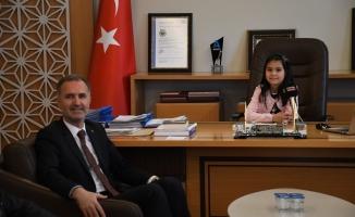 Alper Taban, Makamını Melis Aytürk'e Teslim Etti