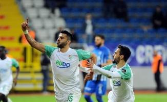 Bursaspor penaltı şansızlığını kırdı