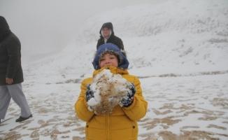 Nisan ayında Bursa'ya kar sürprizi