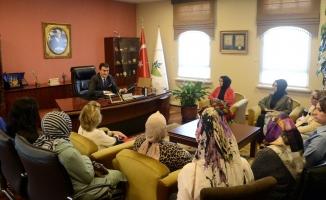 AK Parti Osmangazi Kadın Kolları'ndan Dündar'a ziyaret