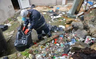 Evden 3 ton çöp çıktı