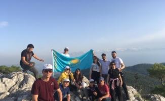 Gazeteciler Uluslararası Spor ve Turizm Kampında moral depoladı