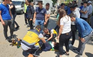 Liseliler okul çıkışında kaza yaptı: 2 yaralı