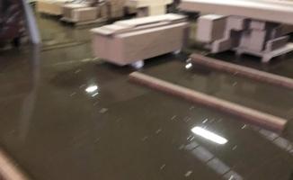 Mobilya fabrikasını su bastı