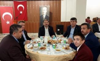 Orhaneli'de Ak Parti İlçe Teşkilatı iftar yemeğinde buluştu