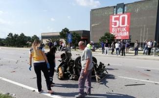 Ortadan ikiye ayrılan otomobilde ölen 2 kişinin kimlikleri belli oldu