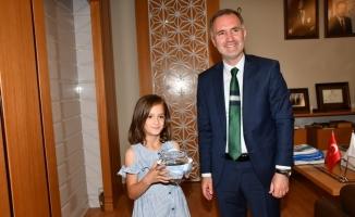 Taban'dan hayvan dostu çocuklara sürpriz hediye