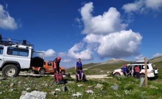 Uludağ'da yaralanan turistlerin imdadına kurtarma ekipleri yetişti