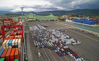 Bayram tatilinin olumsuz etkisine rağmen ihracatta liderlik sürdü