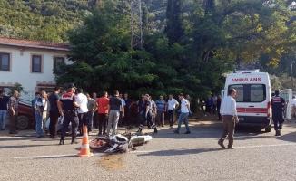 Bursa'da otomobil ile motosiklet çarpıştı: 2 yaralı