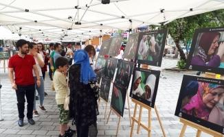 Bursalı fotoğrafçının 'Srebrenitsa' sergisine rekor ziyaretçi