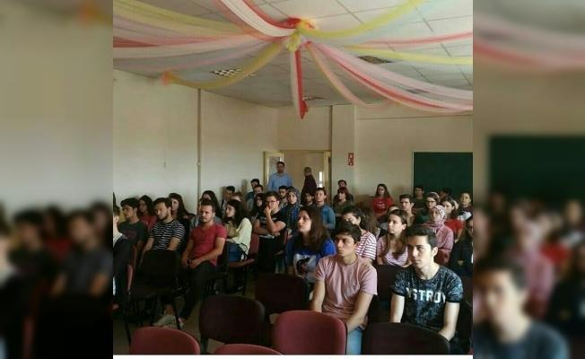 HEM gençleri üniversiteye hazırlıyor
