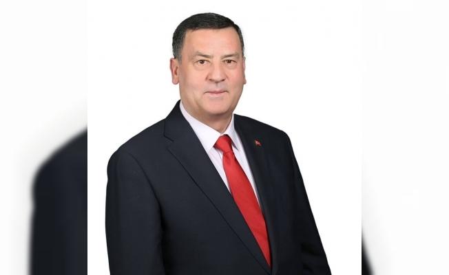 İyi Parti'nin belediye başkan adayı partisinden istifa etti