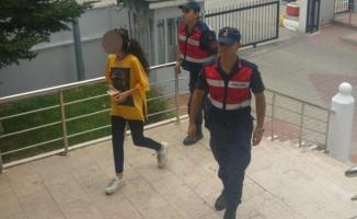 Komşusuna dehşeti yaşatan kadın serbest kaldı
