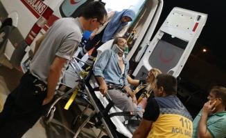Midibüse çarptı; 1 yaralı