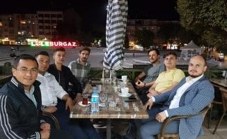 AK Parti'den, Diyarbakır'da eylem yapan annelere mektup
