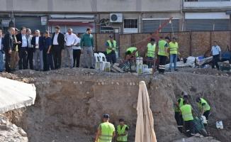 Akhisar'da 'Merkez Çarşı Canlandırma Projesi' yeniden başladı