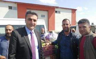 Akyaka Belediye Başkanı Toptaş, pazar esnafıyla buluştu