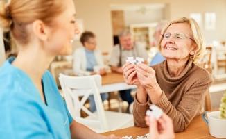 Alzheimer hastası ile empati kurun