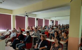 Balıkesir Üniversitesi Edremit Meslek Yüksekokulu'nda 2019-2020 Eğitim-Öğretim Yılı açılış töreni yapıldı ve ilk ders verildi