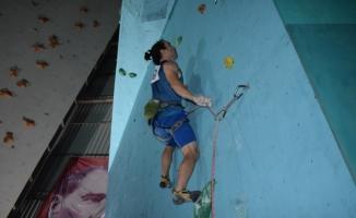 Bursa'da nefes kesen tırmanış