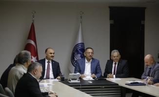 Büyükkılıç'ın ev sahipliğinde 'Kayserispor' zirvesi