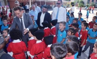 Ceyhan'da İlköğretim Haftası törenle kutlandı