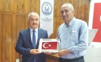 """""""Demokrasi ve Milli Birlik"""" konulu konferans düzenlendi"""