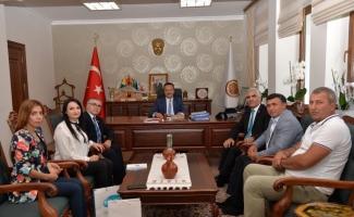Dünya Ahıska Türkleri Birliğinden Vali Şentürk'e ziyaret