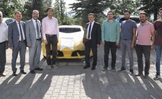 ERÜ'lü öğrenciler insansız elektrikli otomobil geliştirdi