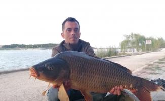 Gölpark'taki balık popülasyonu artıyor