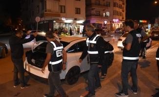 İnegöl'de 150 polisle huzur uygulaması