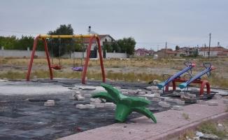 Kılca: Parklara verilen zararlar tüm Karataylıların hakkına saldırıyor