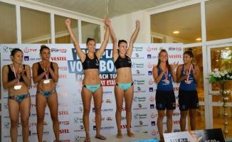 Manavgat Plaj Voleybol Turnuvası sona erdi