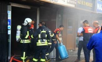 Menteşe'de iş hanında yangın