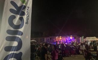 Quick Sigorta Q Truck ile Kuşadası Motosiklet Karnavalı'na renk kattı