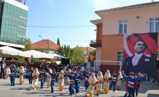 Salihli'de İlköğretim Haftası kutlandı