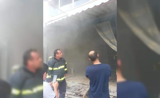 Samandağ'da iş yeri yangını