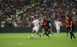 Süper Lig: Gazişehir Gaziantep: 3 - Beşiktaş: 2 (Maç sonucu)