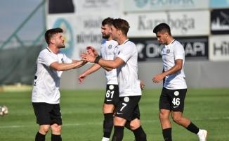 TFF 2. Lig: Manisa FK: 6- Hekimoğlu Trabzon: 3
