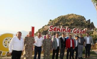 Vali Akbıyık'tan Çukurca ilçesine ziyaret