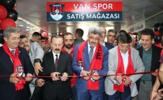 Van Spor Store Mağazası açıldı