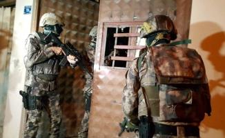 Bursa'da bin polisle şafak operasyonu... Gitar içinde uyuşturucu çıktı
