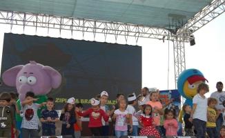 Çocuk yetenek şenliğine Türk Kızılay çadırı damga vurdu