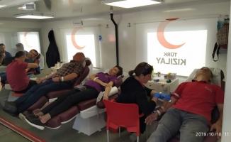 Kan bağışına onlar da destek oldu